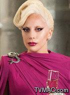Elizabeth(Lady Gaga饰演)
