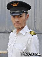 向东海(耿乐饰演)