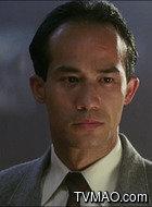 陈大文(李子雄饰演)