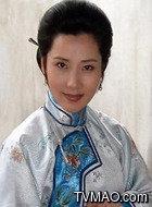 杨九红(何赛飞饰演)