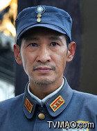 卢狩云(王劲松饰演)