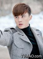 尹明涯(叶祖新饰演)