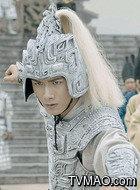 少雍(赵弈钦饰演)