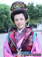 王老夫人(薛淑杰饰演)