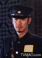 李冬青(芦芳生饰演)