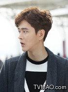 武功(黄宥明饰演)