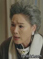康母(杨青饰演)