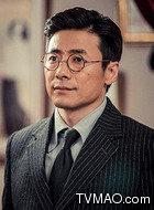 李春秋(祖峰饰演)