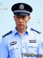 警察(石凉饰演)