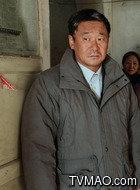 刘耀军(王景春饰演)