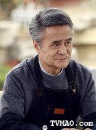 林青山(成国栋饰演)