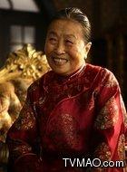 奶奶(张少华饰演)