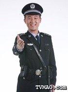 王强(王磊饰演)