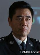 江海峰(陈宝国饰演)