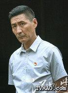 陈步胜(张子健饰演)