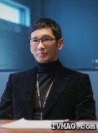 陈瑾岩(王劲松饰演)