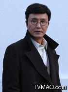放堃(吴刚饰演)
