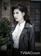 美智子(银雪饰演)