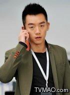 黄要强(郑恺饰演)